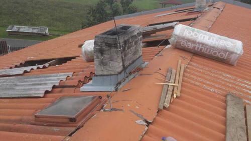 Oprava střechy OÚ